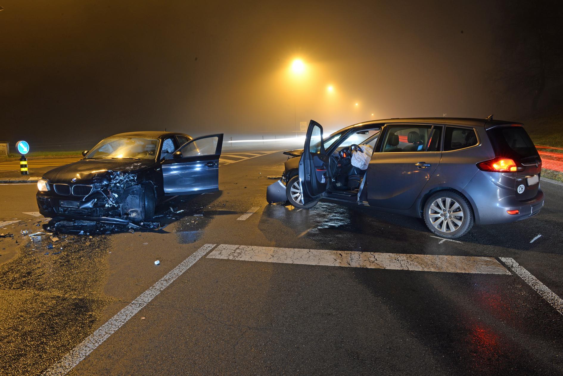 Vier Verkehrsunfälle innerhalb 30 Minuten