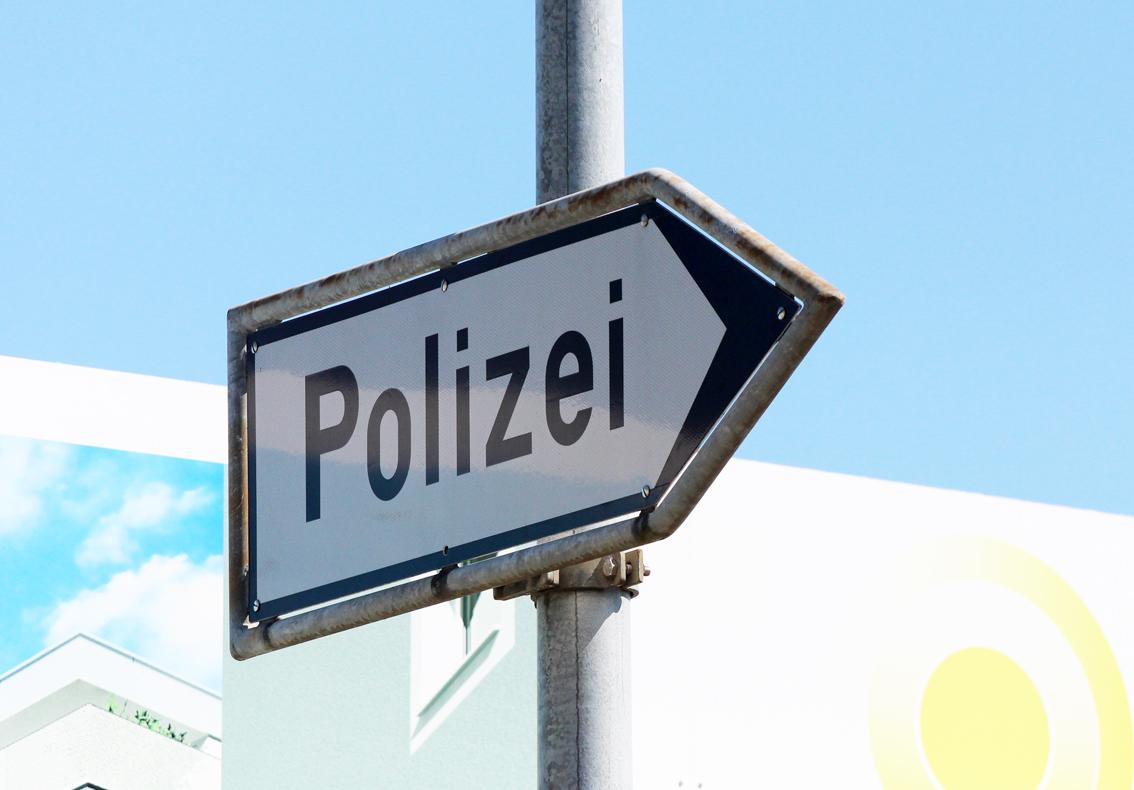 Vergewaltigung-Emmen-Polizei-sucht-Person-namens-A-a-ron