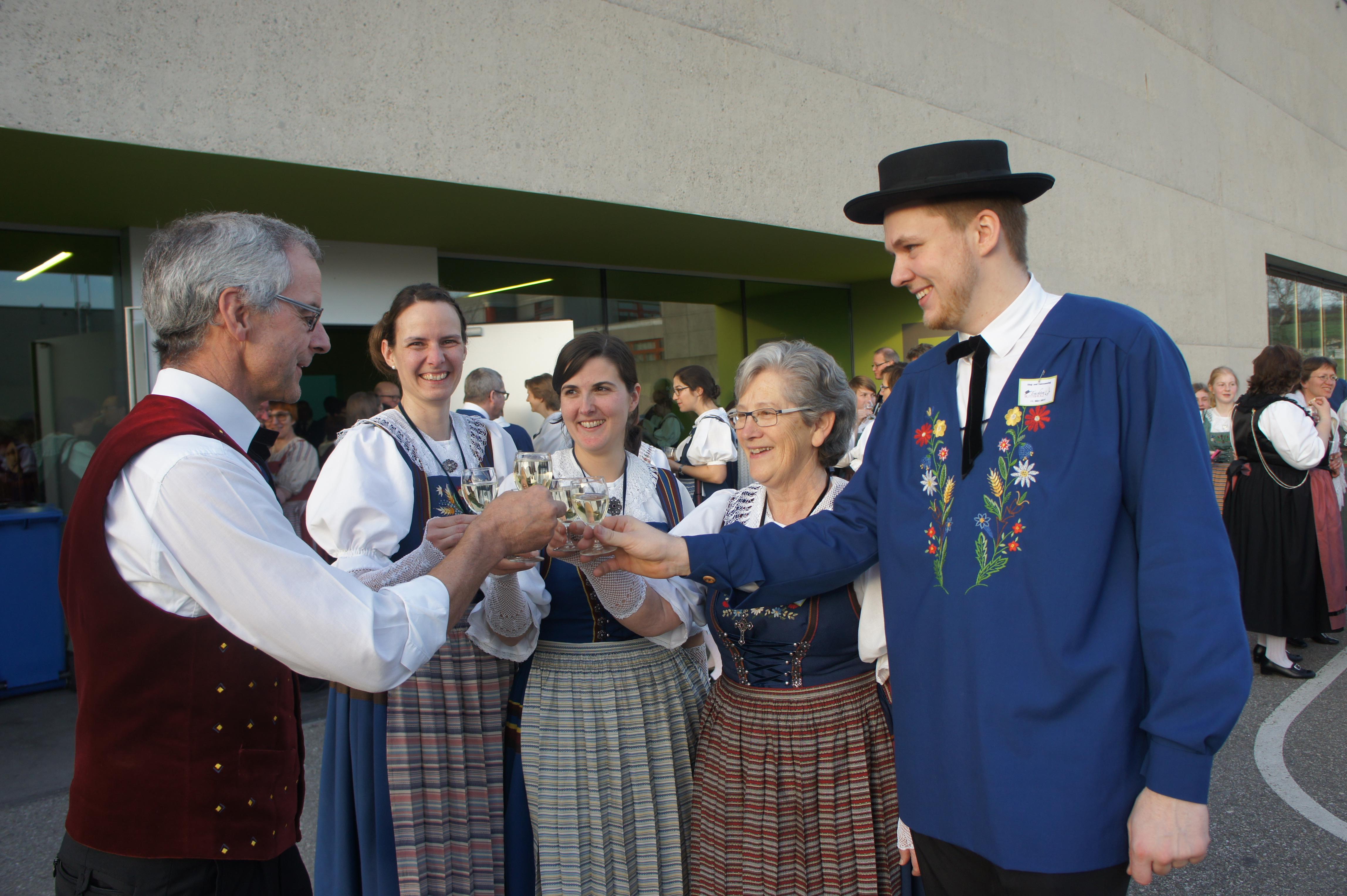 Das-90-Jahr-Jubil-um-feiern