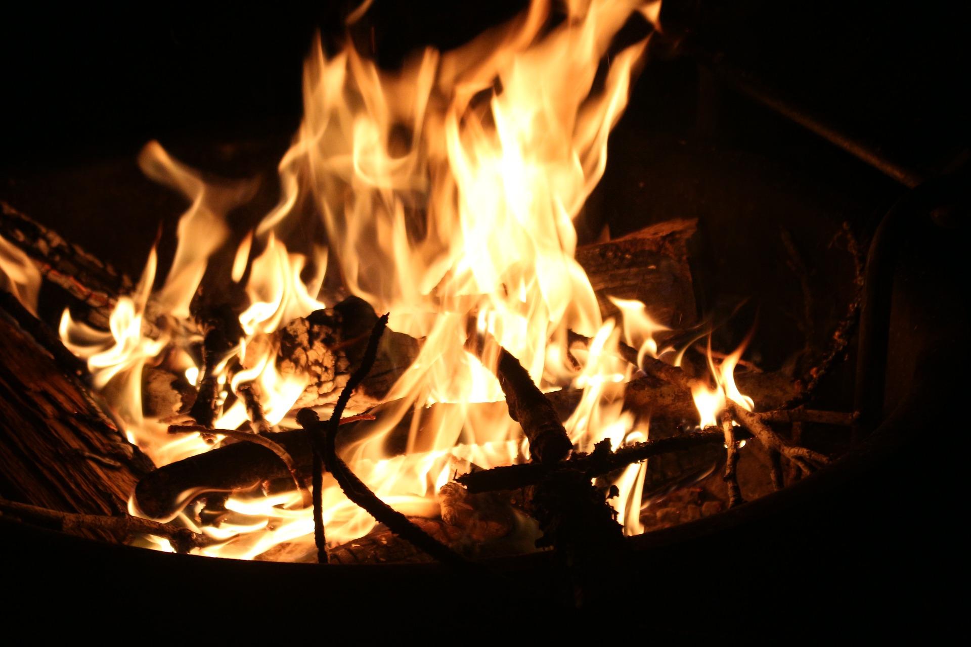 Kanton-mahnt-zu-vorsichtigem-Umgang-mit-Feuer